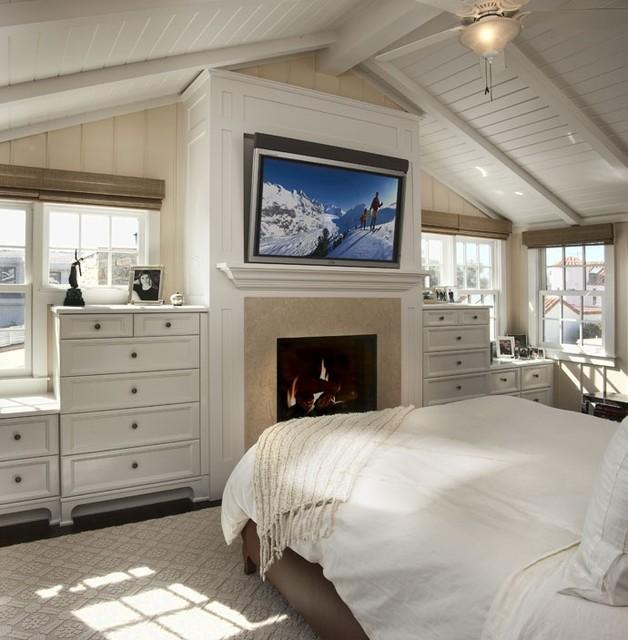 cape cod beach style bedroom