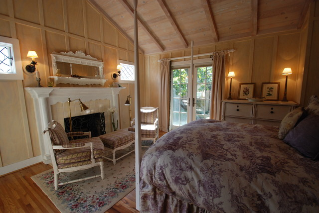 Carmel Cottage Bedrooms  bedroom