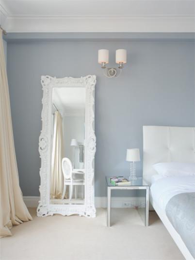 Caroline Beaupere Design contemporary-bedroom