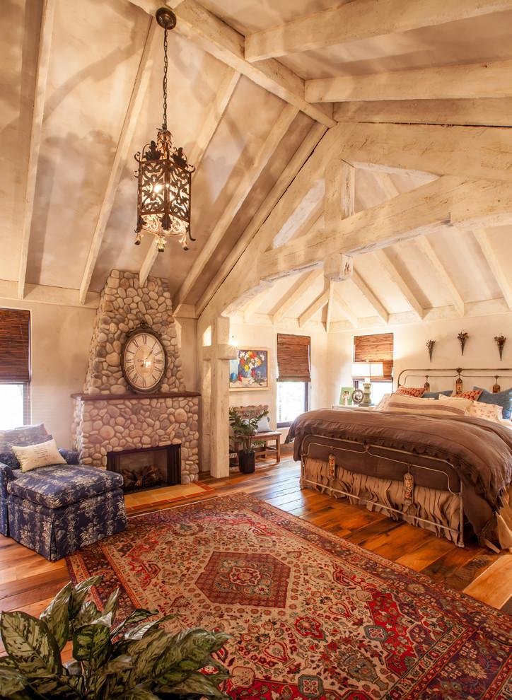 Bedroom - rustic bedroom idea in Dallas