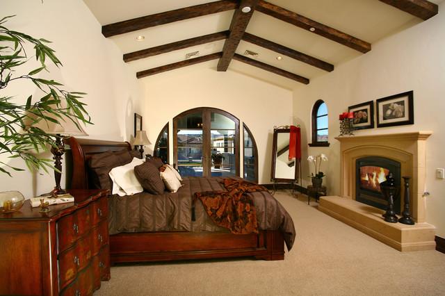 Casa Via Di Laguna mediterranean-bedroom