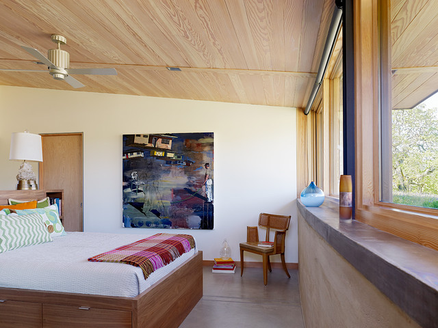 Caterpillar House contemporary bedroom