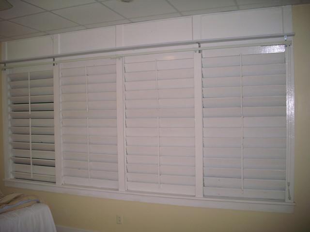 Chaguaramus Development Authority Villas tropical-bedroom