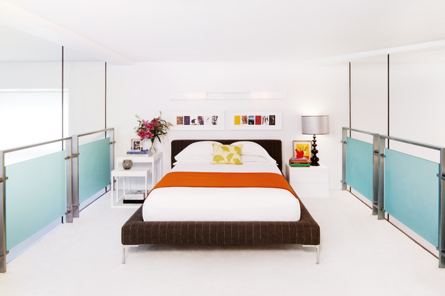 modern bedroom by Diego Alejandro Design