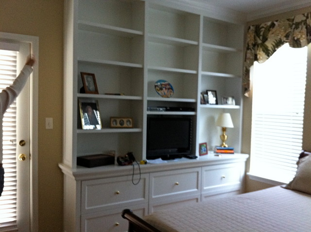 Chicago Suburb Master Bedroom traditional-bedroom