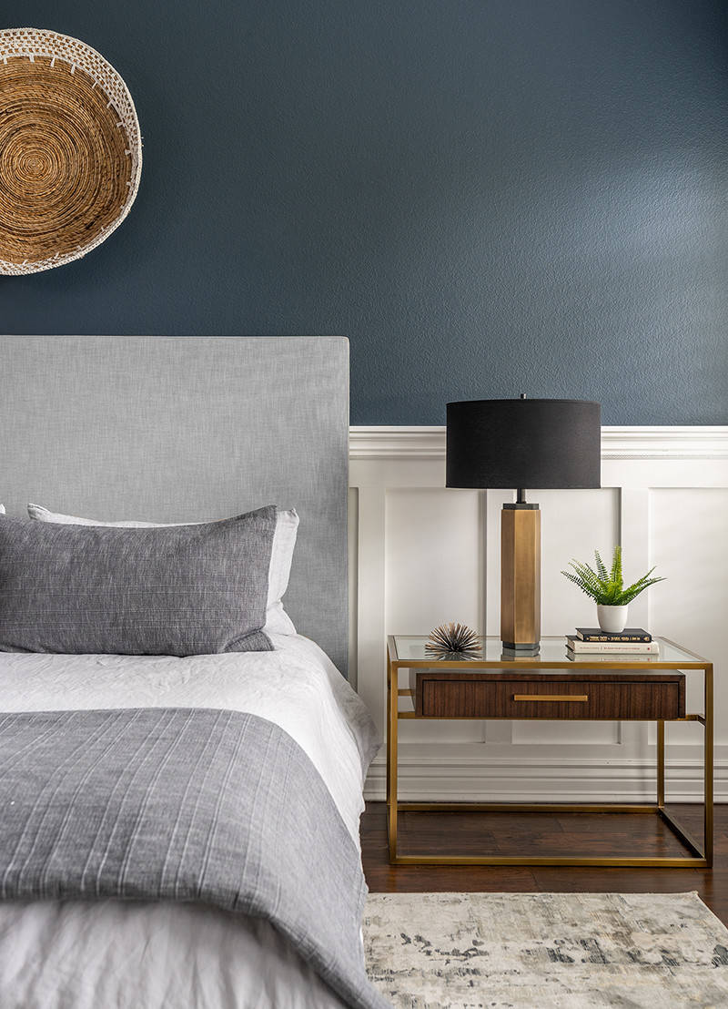 75 Beautiful Contemporary Gray Bedroom Pictures & Ideas - January, 2021 |  Houzz