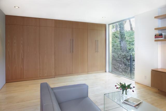clarendon st. au pair suite modern-bedroom