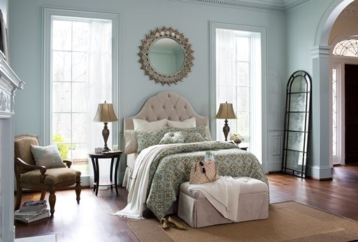 Classic american bedroom traditional bedroom tampa for American window design