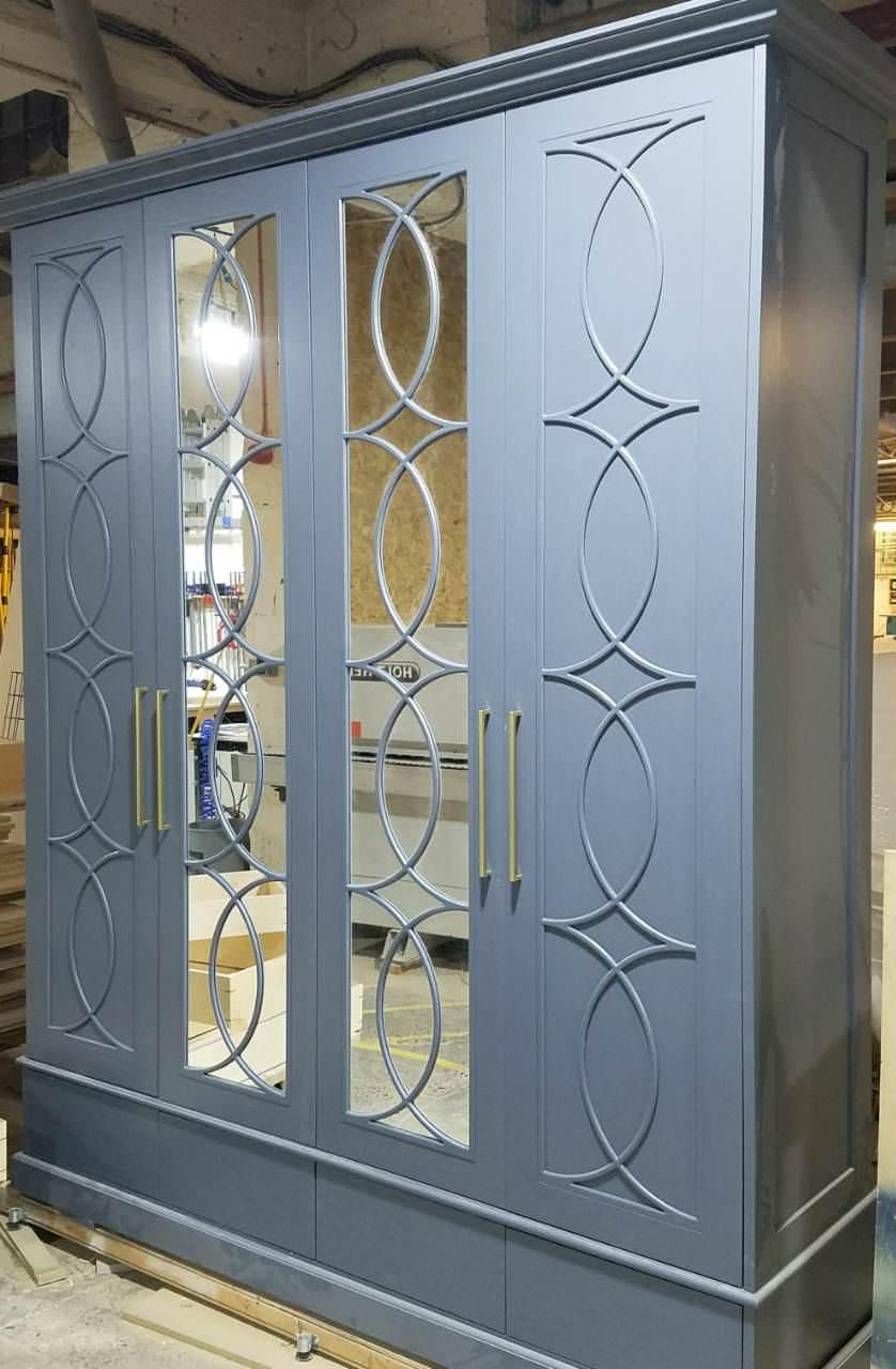 Classic mirrored Wardrobe Doors