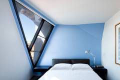 Inspiring Skylights, Glass Ceilings & Angled Windows