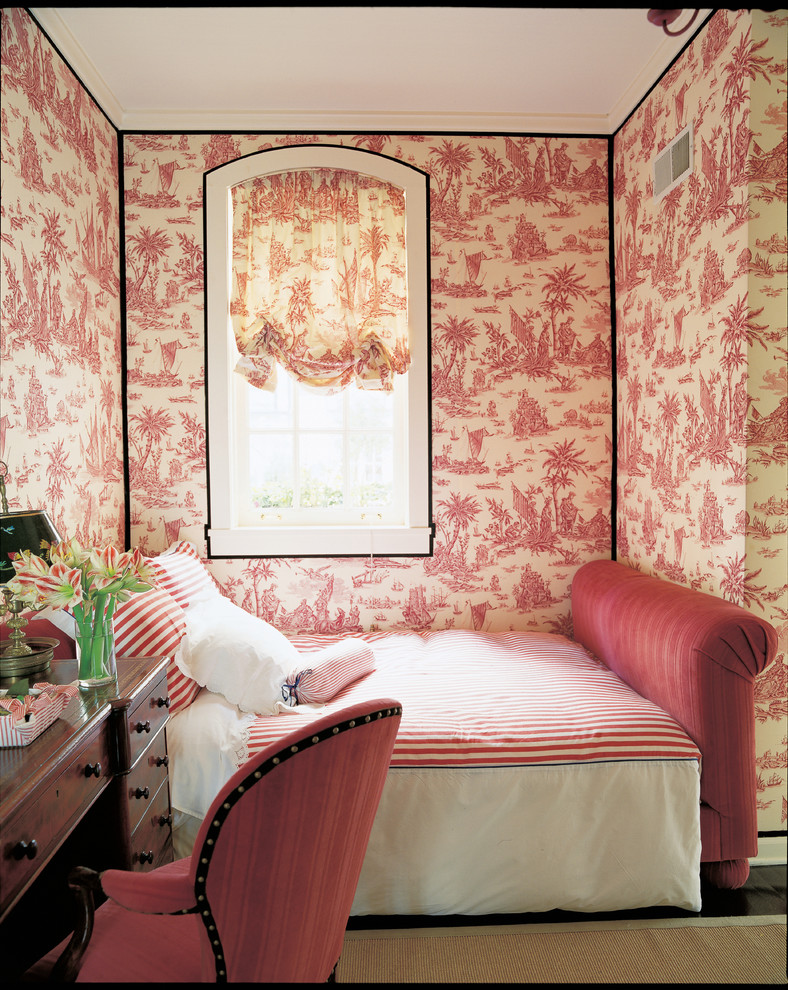 Bedroom - traditional bedroom idea in Chicago with multicolored walls