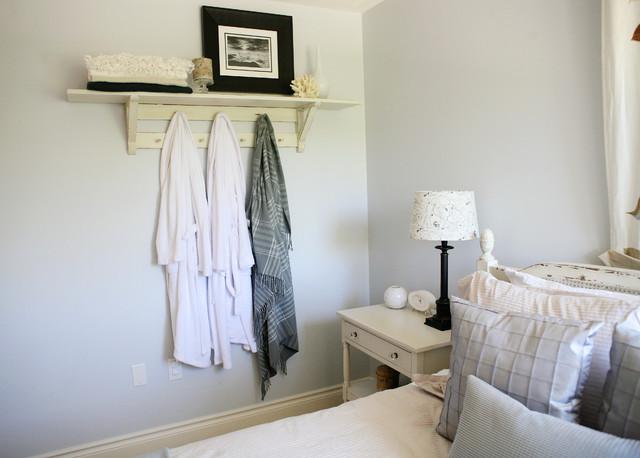Collingwood Ski Chalet - Guest Room rustic-bedroom