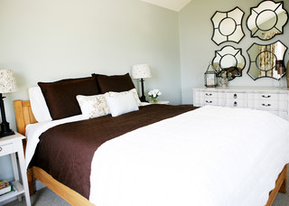 Collingwood Ski Chalet Master Bedroom Rustic Bedroom Toronto By Pure Bliss Creative Design