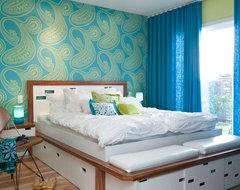 Colorful Mid Century Modern Residence midcentury-bedroom