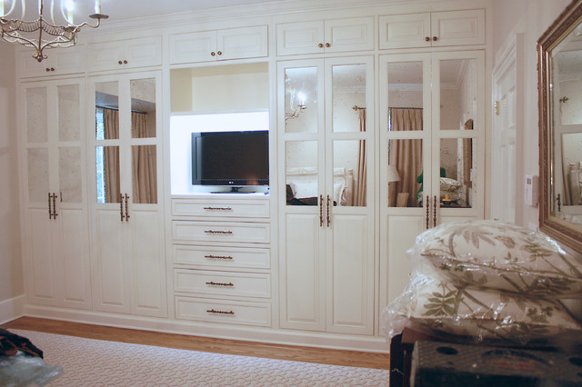 Columbia Sc Built In Closet Traditional Bedroom Atlanta