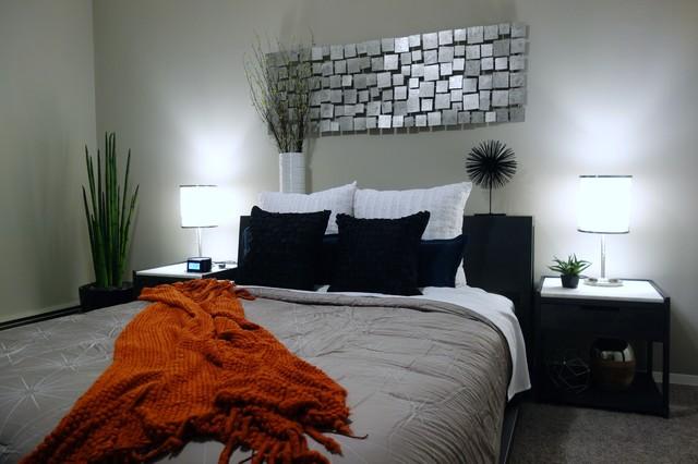 Concierge Guest Suite contemporary-bedroom