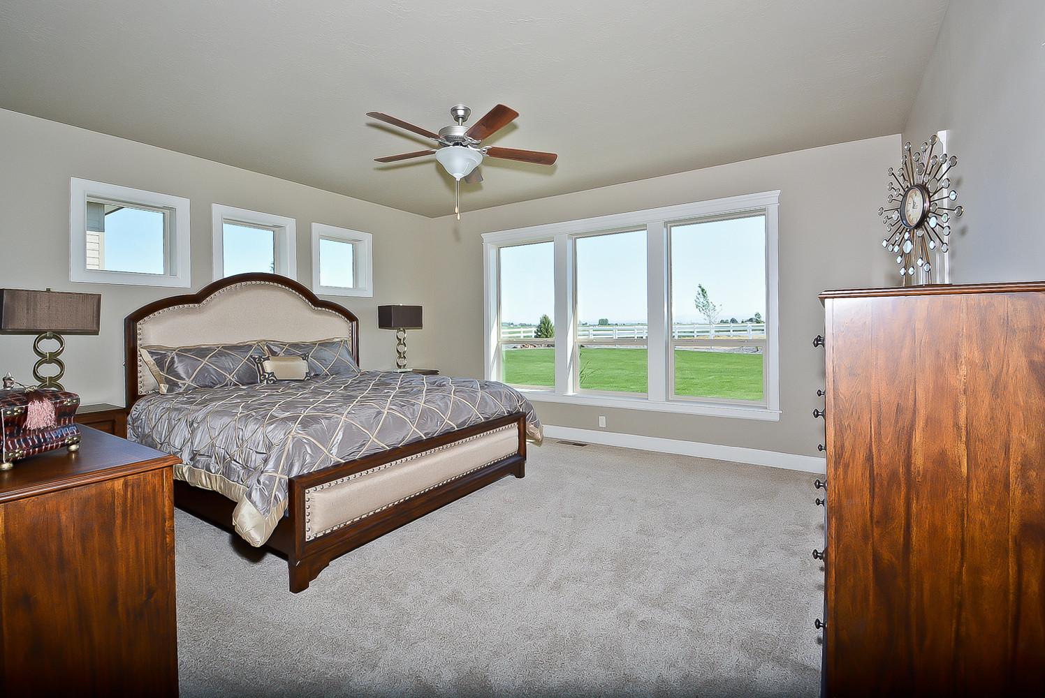 Contemporary Bedroom Interior Home Design