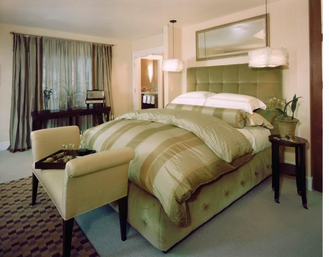 Kathy Bloodworth contemporary-bedroom