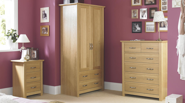 Contemporary Oak Effect Bedroom Furniture Traditional