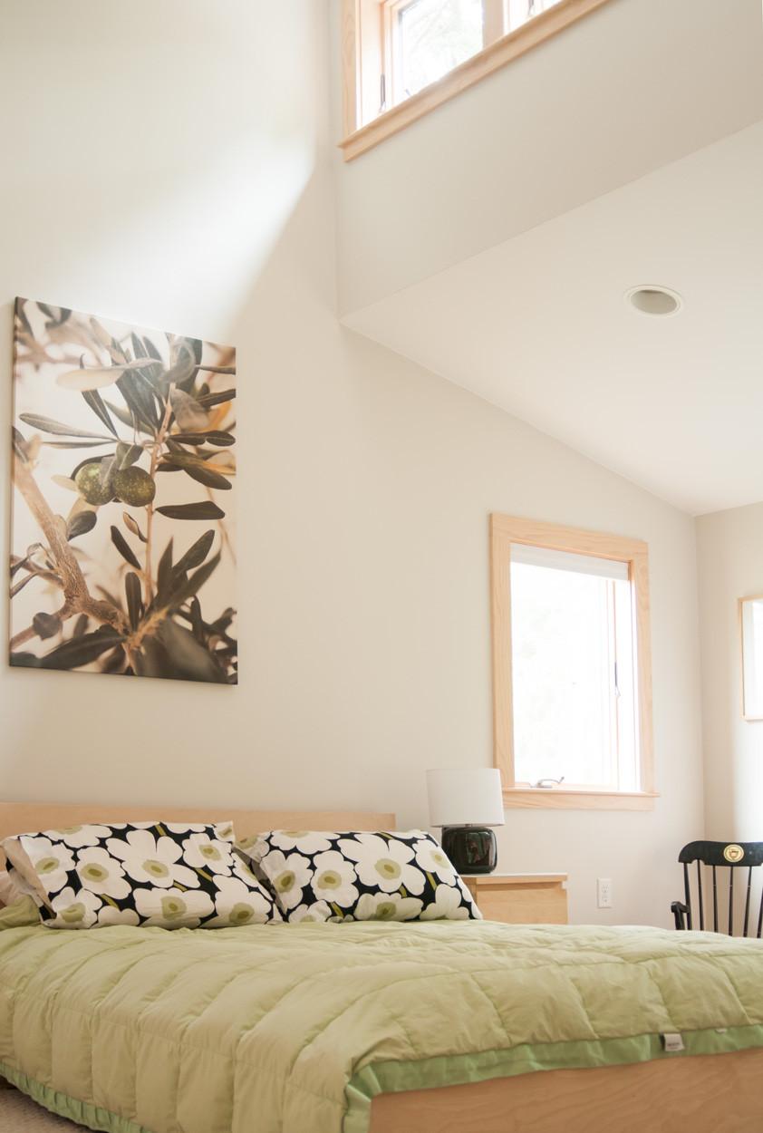 Conteporary Bedroom