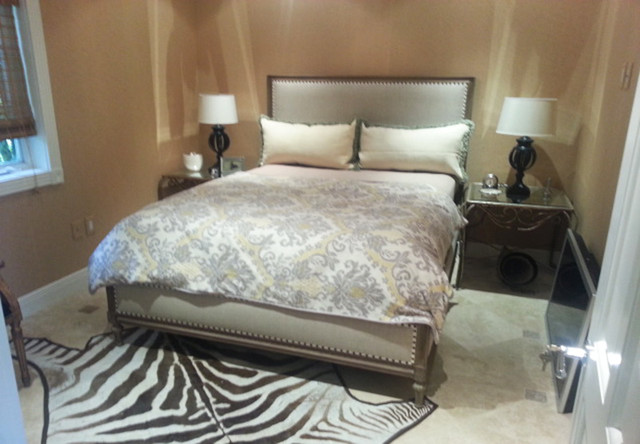 Inspiration for a timeless bedroom remodel in Miami