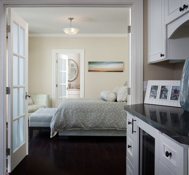 Leslie Kalish contemporary-bedroom