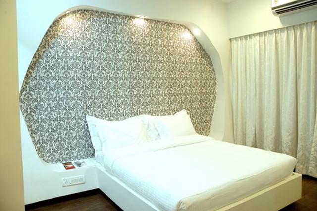 cosset  hotel in lonavala contemporary-bedroom