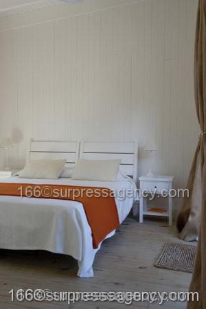 Cottage House LA PINOCHA traditional-bedroom