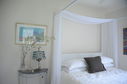 Where can i find a single sheer panel for a canopy bed frame this this one? & Where can i find a single sheer panel for a canopy bed frame this ...
