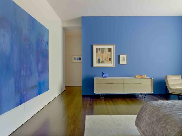 Courtyard House modern-bedroom