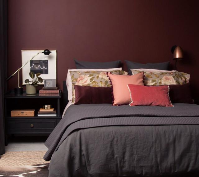Cozy Oxblood Bedroom Makeover