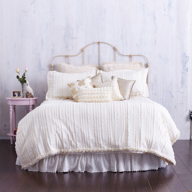 Cream Ruffled Duvet Cover With Rosette Trim Farmhouse Bedroom Los Angel