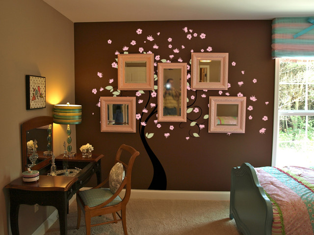 Creative Ideas to Spruce up Empty Walls contemporary bedroom. Creative Ideas to Spruce up Empty Walls   Contemporary   Bedroom