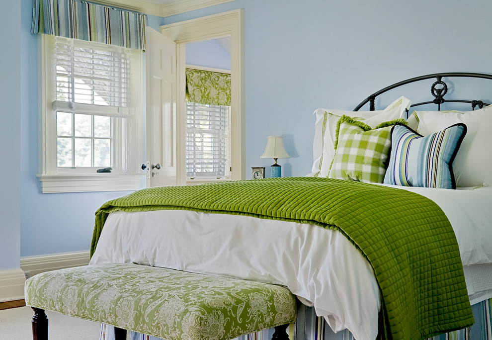 Bedroom - traditional bedroom idea in New York with blue walls