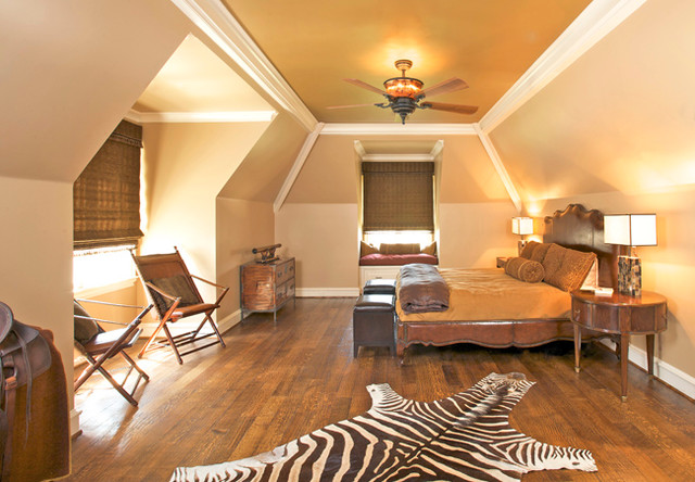 Dallas Family's Large Residence traditional-bedroom