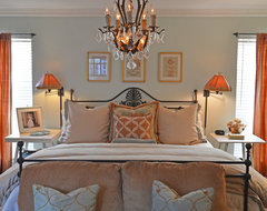 Dallas, TX: Matt & Kathryn Janes traditional-bedroom