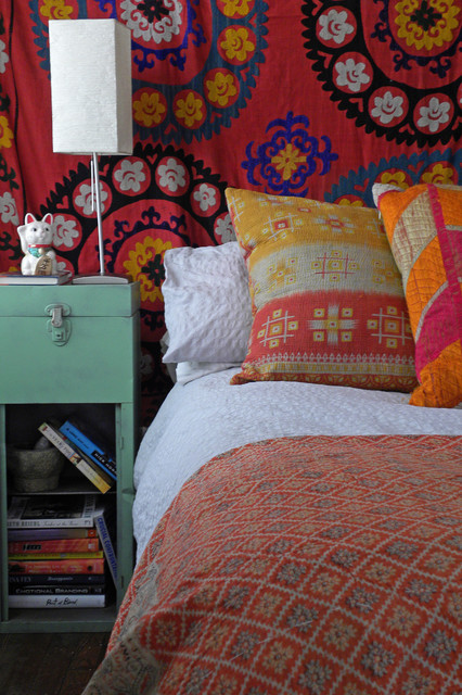 Fabulous Bedroom Fabrics To Spice Things Up