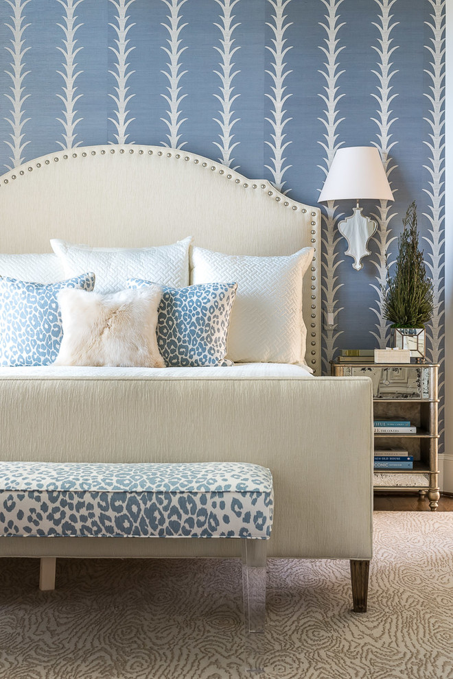 Bedroom - mid-sized transitional master bedroom idea in Charlotte with blue walls