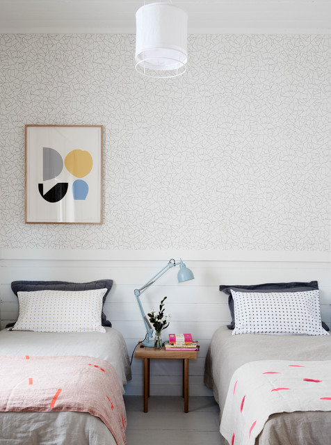 Bedroom - scandinavian guest bedroom idea in Melbourne