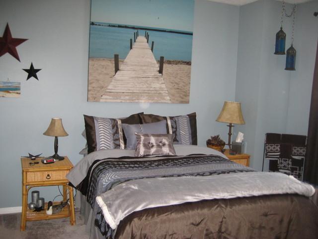 Decluttering and redesigning guest bedroom eclectic Declutter bedroom
