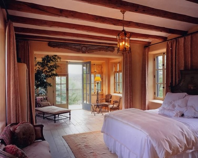 Denman and Associates traditional-bedroom