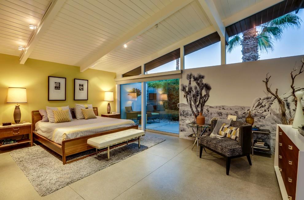 Mid-century modern bedroom photo in Los Angeles