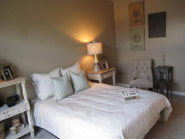 Design on a dime an empty guest room with nothing but a for Design on a dime bedroom ideas