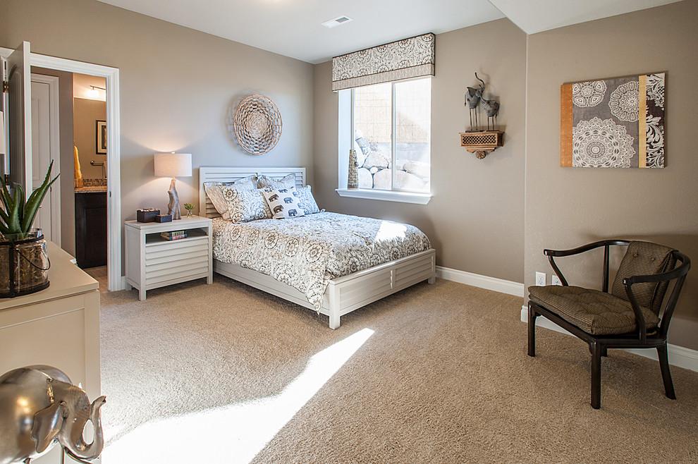 Example of a minimalist bedroom design in Denver