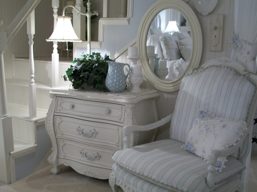 Bedroom - shabby-chic style bedroom idea in Other