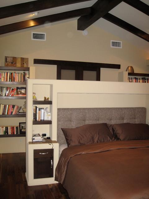 La Canada contemporary-bedroom