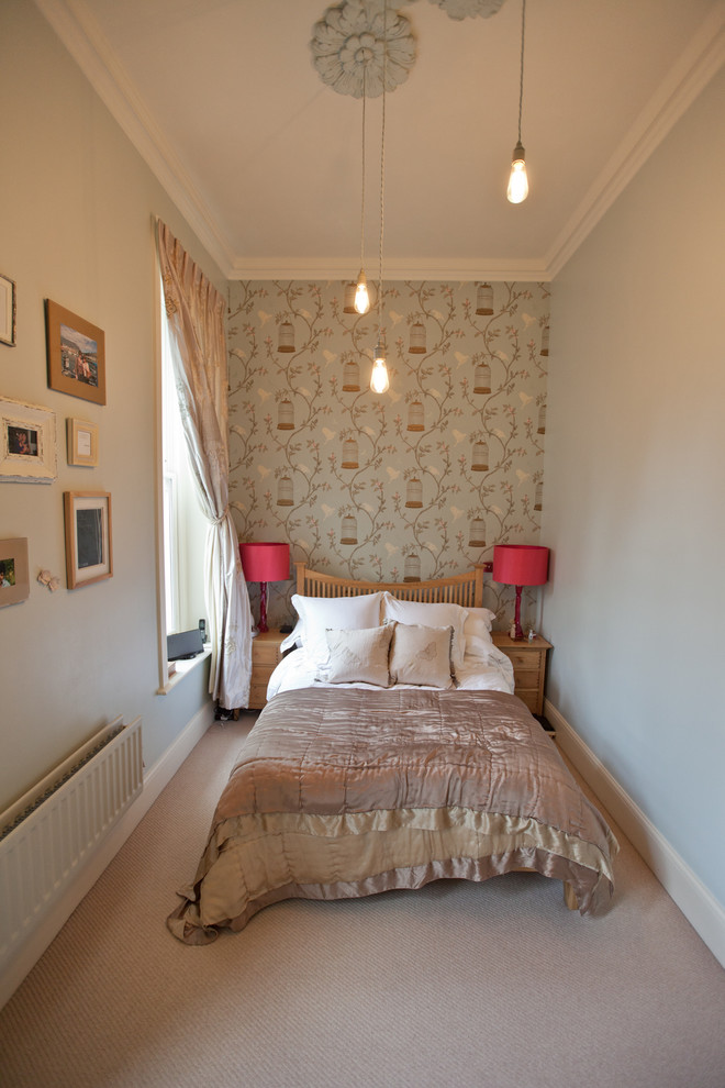 Bedroom - contemporary carpeted bedroom idea in Manchester with gray walls
