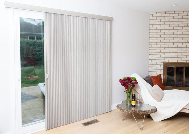 Duette Architella Vertiglide Honeycomb Shades Modern Bedroom Chicago By Beyond Shades Houzz Uk