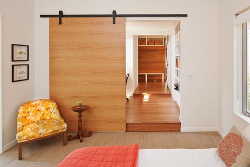 συρόμενη πόρτα, συρόμενη ξύλινη πόρτα