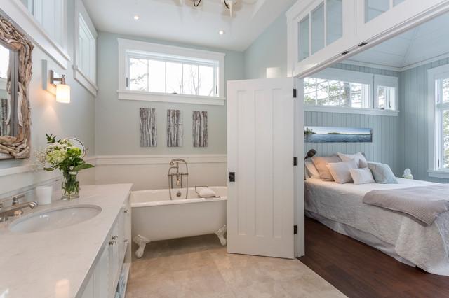East Bay Cottage, Lake Muskoka - Traditional - Bedroom ...